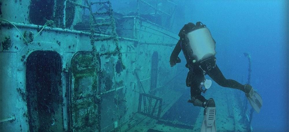 Diver on shipwreck